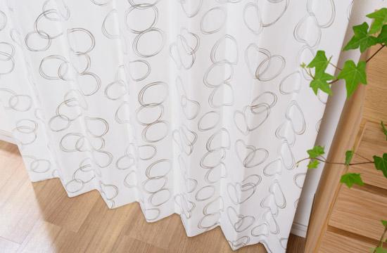 >箔プリントのサークル柄完全遮光カーテン